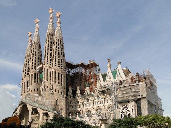 Nhà thờ Sagrada Familia