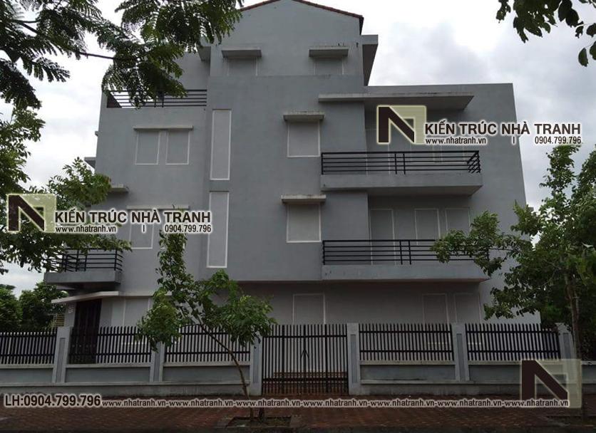 Ảnh: Hiện trạng ban đầu mẫu cải tạo nhà lô góc 2 mặt tiền 4 tầng kiến trúc Pháp NT-L3664