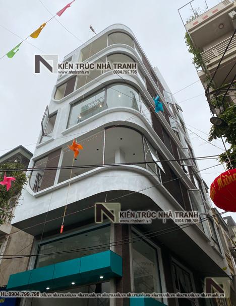 Ảnh: Hình ảnh thi công thực tế mẫu thiết kế nhà lô góc hiện đại 2 mặt tiền 6 tầng để ở kết hợp kinh doanh có thang máy NT-L3682